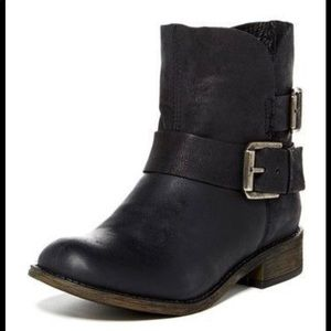 STEVE MADDEN   'Orly' Ankle Boots